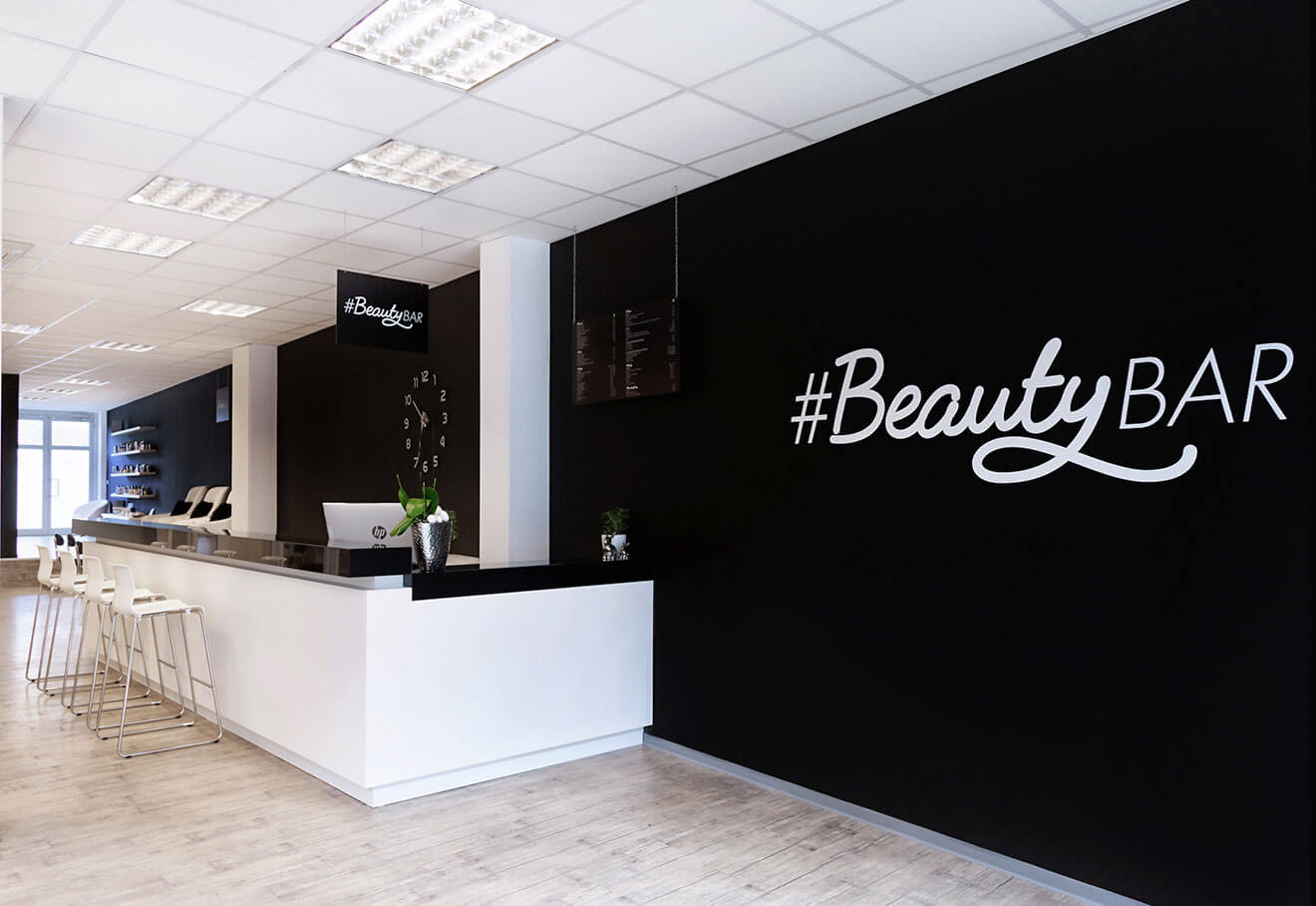 hashtag-beautybar-academy-slider-wir-schulen-in-deiner-naehe